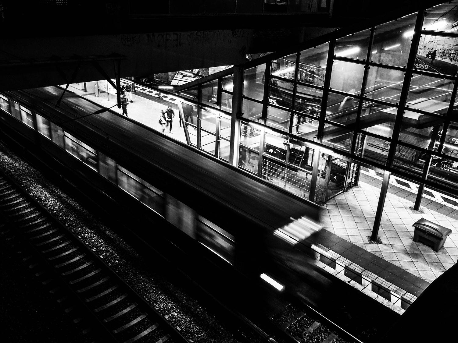 <p>The platform at Schönhauser Allee S-bahn station. </p>