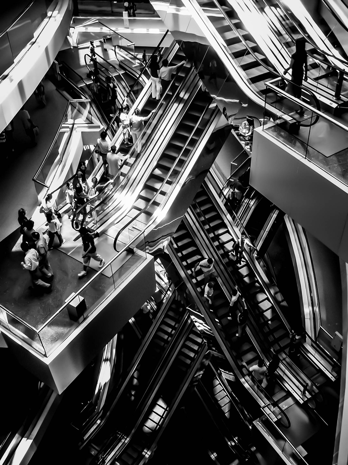<p>Escalators in a Hong Kong shopping mall prove reminiscent of M.C. Escher's drawings.</p><p>Pardon the pun in the title. Had to be done.</p>