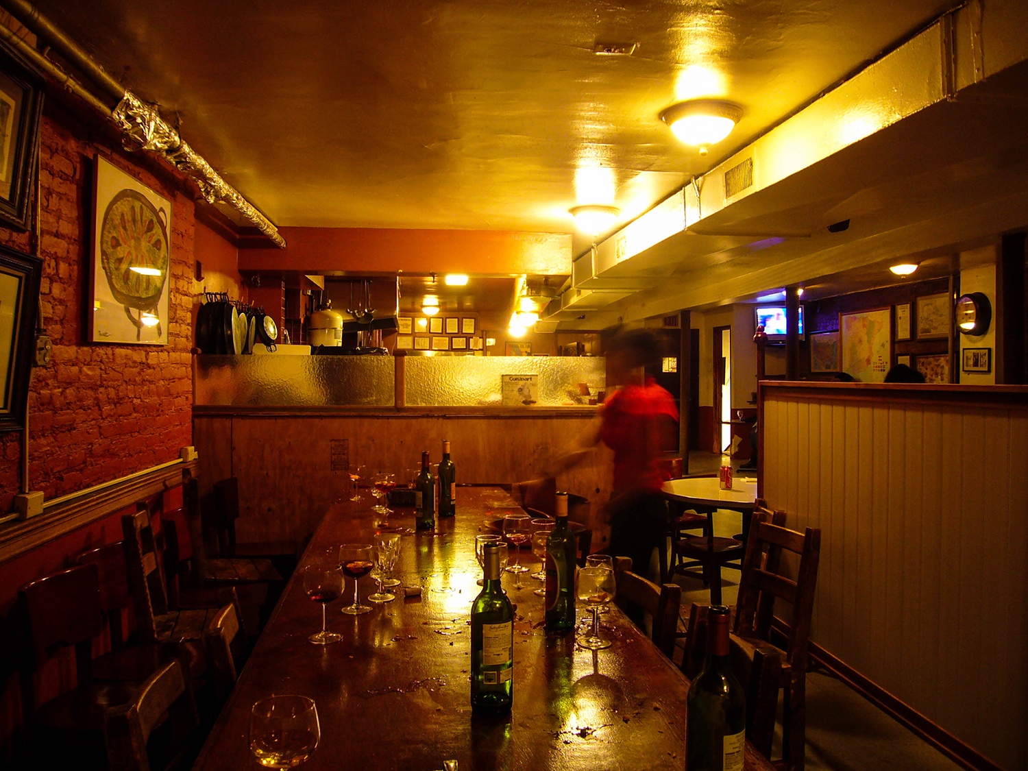 <p>The remnants of a group's good night out at La Nacional, a Spanish social club in New York.<br /></p>